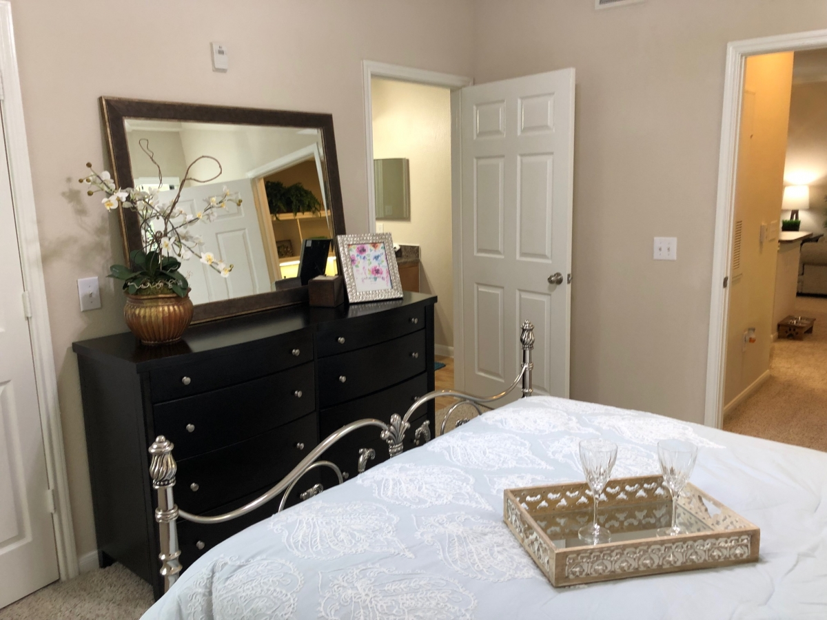 Two Bedroom Apartment Furniture- Apartments in Northwest ...