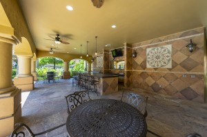 Three Bedroom Apartments for Rent in Northwest Houston, TX -Covered Outdoor Eating Area with TV